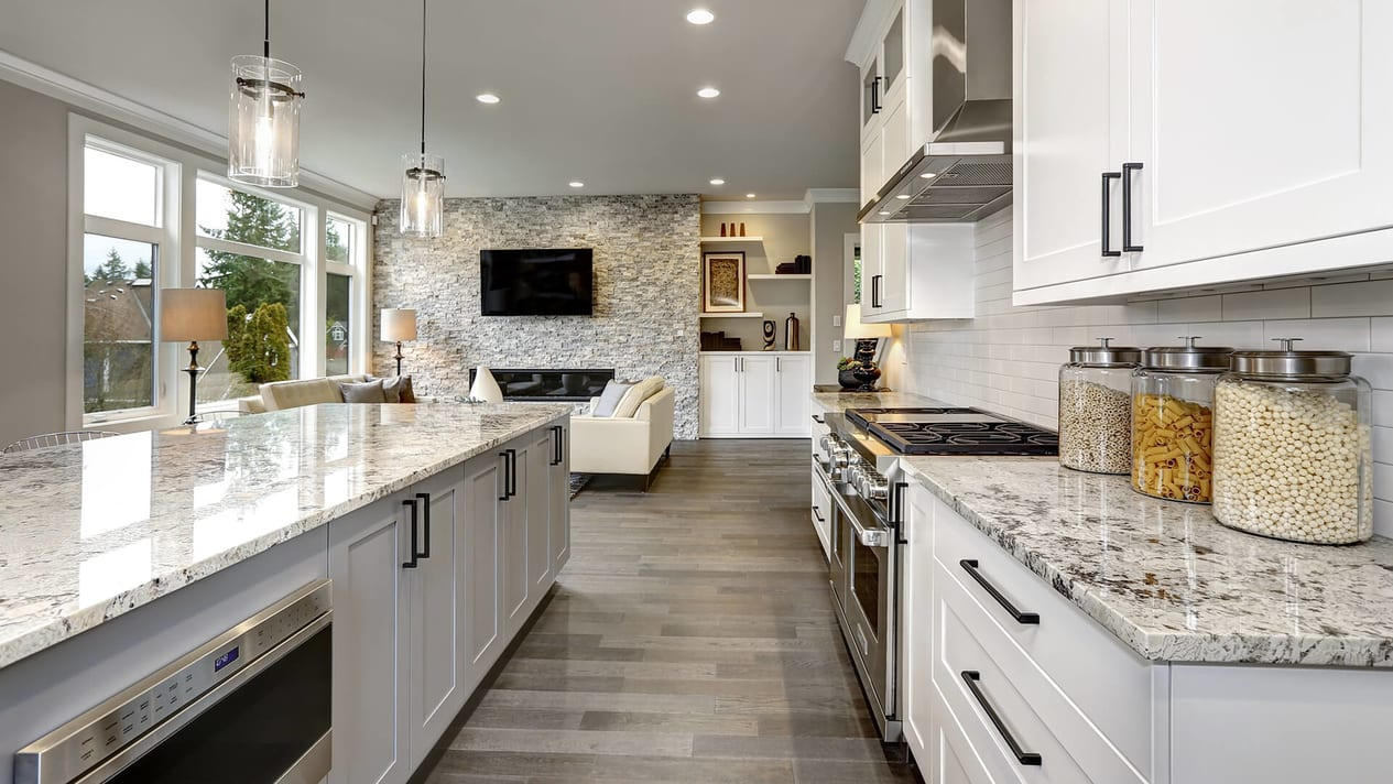 Open Plan Traditional Kitchen 2